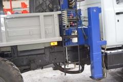 ГАЗ-3309 бурильно-крановая машина